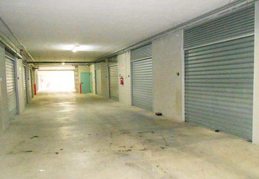 cimino agenzia immobiliare foggia-3-Vani-in-Vendita--Viale-Alfonso-I-d'Aragona,-4B-10