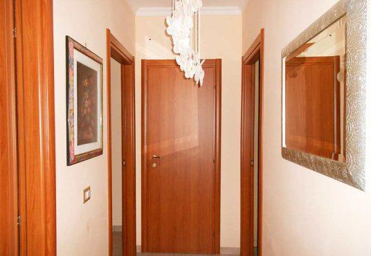 cimino agenzia immobiliare foggia-3-Vani-in-Vendita--Viale-Alfonso-I-d'Aragona,-4B-3