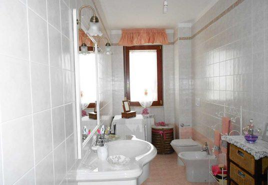 cimino agenzia immobiliare foggia-3-Vani-in-Vendita--Viale-Alfonso-I-d'Aragona,-4B-4