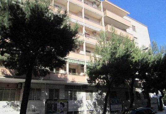 cimino agenzia immobiliare foggia-4-Vani-in-Vendita---Via-Bari,-13F