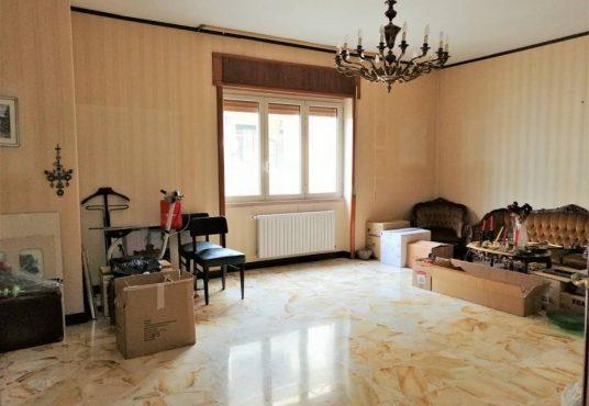 cimino agenzia immobiliare foggia-4-Vani-in-Vendita-Via-Luigi-Guerrieri,-7-4