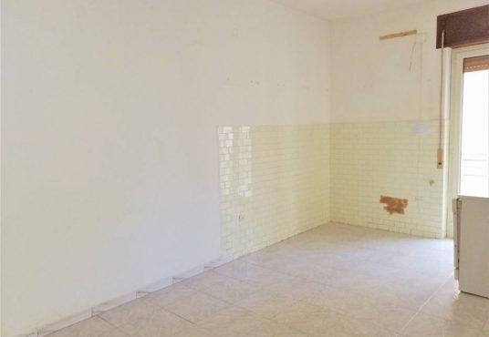 cimino agenzia immobiliare foggia-4-Vani-in-Vendita-Via-Luigi-Guerrieri,-7-5