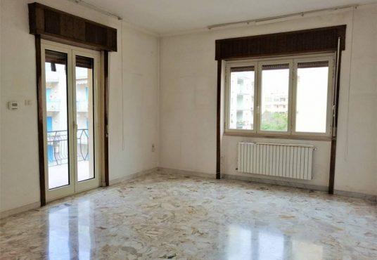 cimino agenzia immobiliare foggia-4-Vani-in-Vendita-Via-Luigi-Guerrieri,-7-7