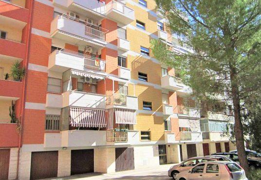 cimino agenzia immobiliare foggia-4-Vani-in-Vendita--Via-Luigi-Rovelli,-25