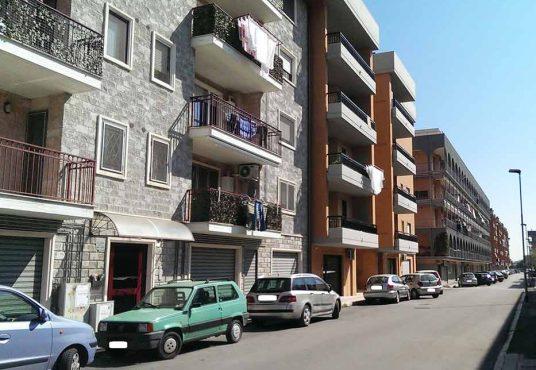 cimino agenzia immobiliare foggia-Locale-in-Affitto--Via-Lucio-De-Palma