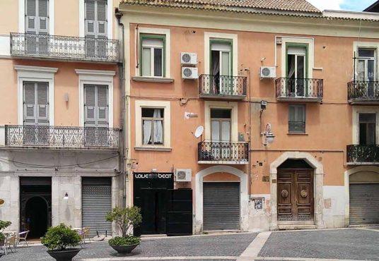 cimino agenzia immobiliare foggia-Locale-in-Vendita-e-Affitto--Piazza-Francesco-De-Sanctis-5