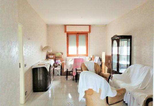 cimino agenzia immobiliare foggia-4-Vani-in-Vendita--Viale-Sant'Alfonso-Maria-De'-Liguori,-2-2