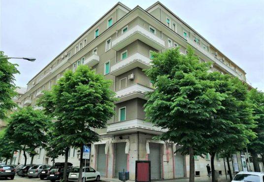cimino agenzia immobiliare foggia-3-Vani-in-Affitto-Via-Zara,2