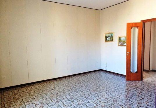 cimino agenzia immobiliare foggia-4-Vani-in-Vendita-Via-Bari,13B-2
