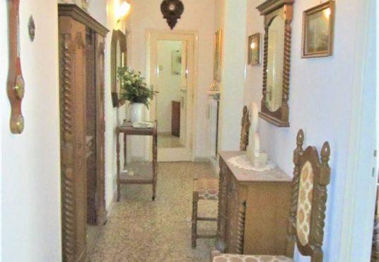 cimino agenzia immobiliare foggia-4-Vani-in-Vendita--Via-Emilio-Perrone,-42-10
