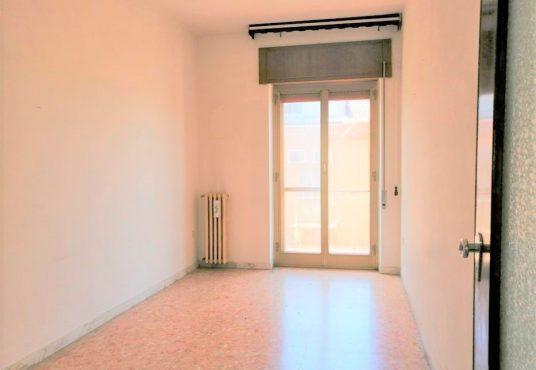 cimino agenzia immobiliare foggia-6-Vani-in-Vendita--Via-Gabriele-Pepe,-3 -7