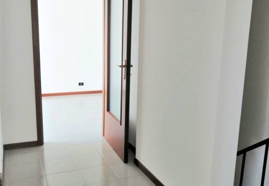 cimino agenzia immobiliare foggia-4-Vani-in-Affitto-Via-Spagna-8B-6