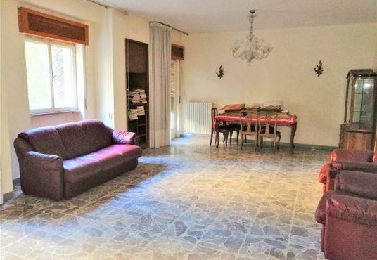 cimino agenzia immobiliare foggia-5-Vani-in-Vendita-Via-Pietro-Scrocco-96-5