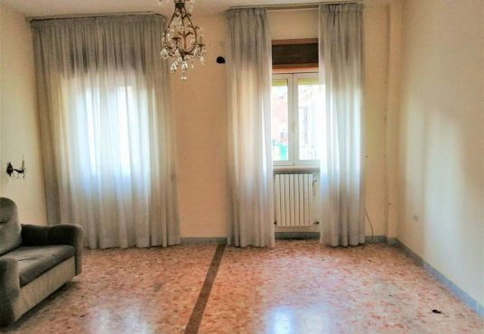cimino agenzia immobiliare foggia-5-Vani-in-Vendita-Via-Pietro-Scrocco-96-7