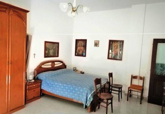 cimino agenzia immobiliare Carapelle-2-Vani-in-Vendita-Piazza-Dante-Alighieri-1B-3