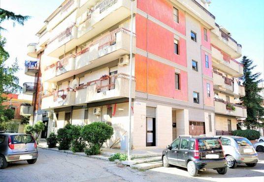 cimino agenzia immobiliare Carapelle-2-Vani-in-Vendita-Piazza-Dante-Alighieri-1B