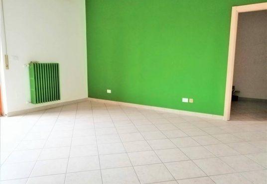 cimino agenzia immobiliare foggia-3-Vani-in-Vendita-Via-Monfalcone-87-8