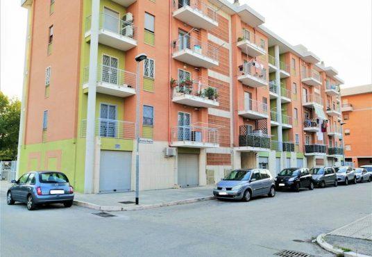 cimino agenzia immobiliare foggia-Locale-in-Vendita-Via-Antonio-Regina-3